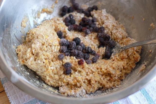 овсяное печенье с цедрой и черникой