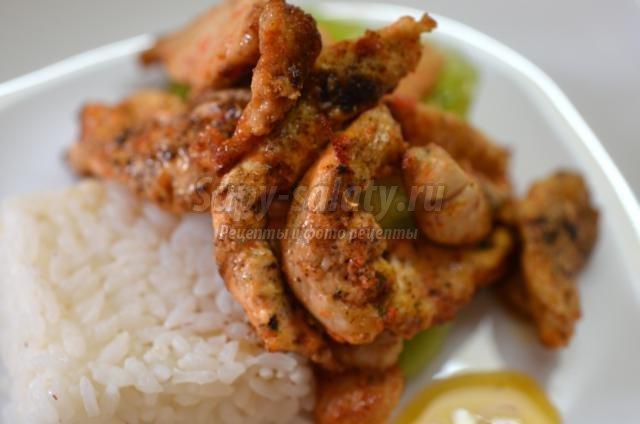 азиатская кухня. Мясо тушеное с киви