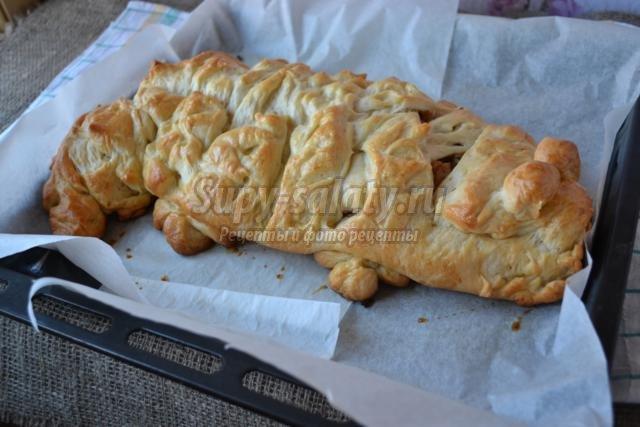 Пирог с луком с яйцом из слоеного теста рецепт 6