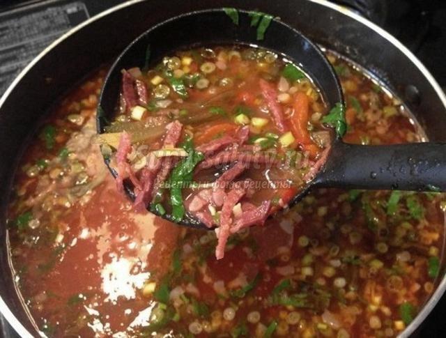 Солянка с колбасой копченой рецепт с фото пошагово