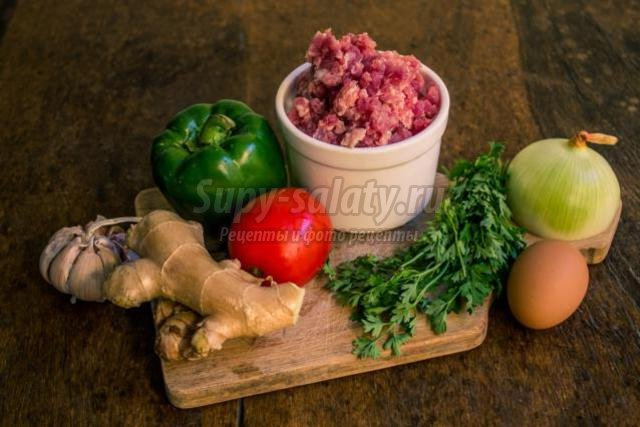 диетические мясные котлеты с овощами