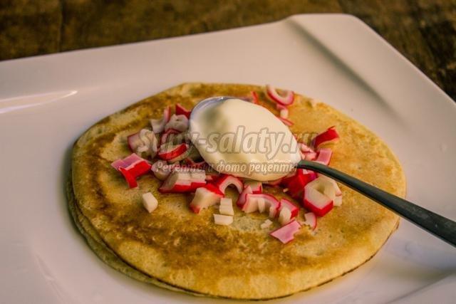 блинный торт закуска рецепты с кукурузой крабовыми палочками
