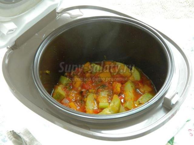 постные тушеные овощи с томатами в мультиварке