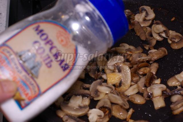 постная жареная картошка с шампиньонами и луком