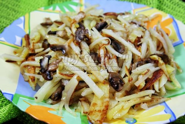 постная жареная картошка с грибами