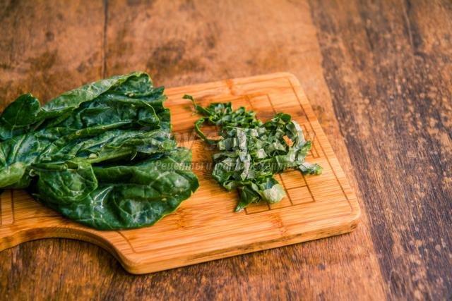 диетический салат с мангольдом. Молодильное яблочко