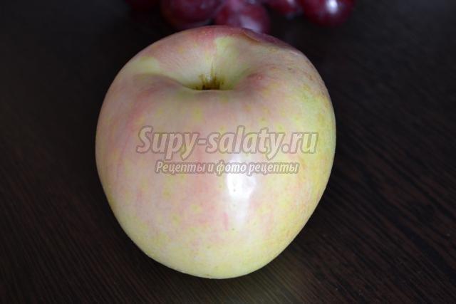 карвинг фруктовая закуска из яблока. Лебедь
