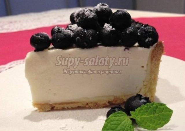 пирог с черникой и крем-суфле из маскрапоне