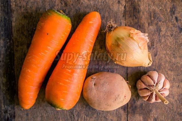 оранжевое картофельно-морковное пюре