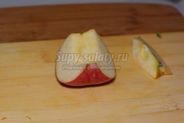 карвинг. Листья из красного яблока