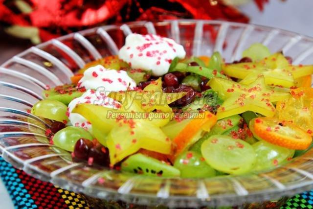 экзотический салат с кумкватом и карамболой