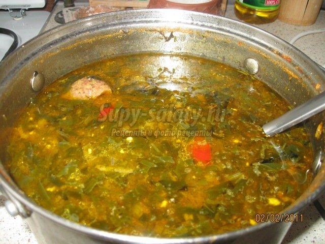 зелёный борщ с щавелем и яйцом рецепт с фото