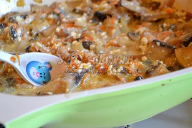 грибной жульен с морковью и сельдереем