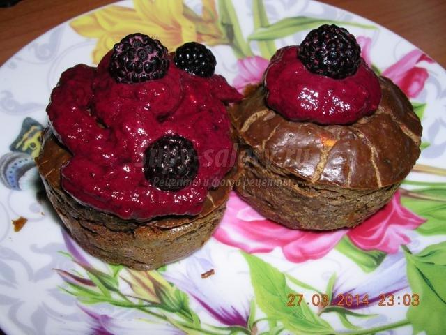 кексы из печени с малиновым кремом