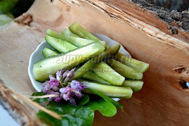 Малосольные огурцы рецепт с сельдереем