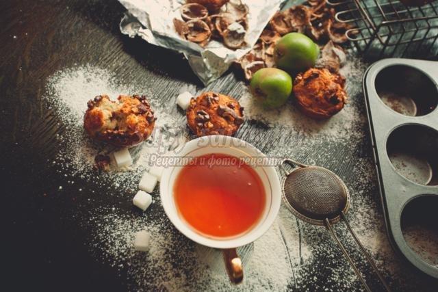 маффины с грушей и орехами