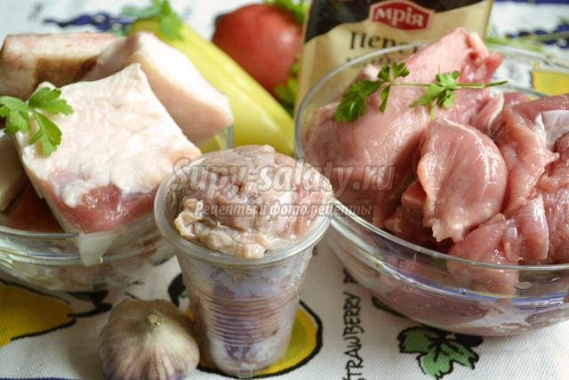 домашняя свиная колбаса с салом