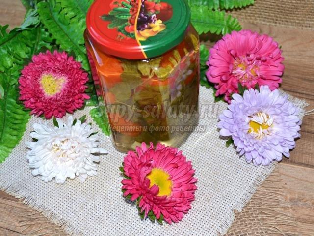 маринованные помидоры с мятой и гвоздикой