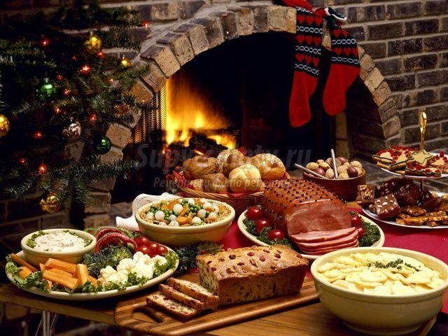 новогодняя сервировка стола 2015. Как привлечь счастье в новогоднюю ночь
