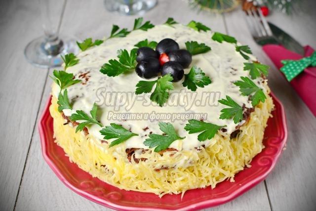закусочный торт с мясными коржами. Воздушный замок