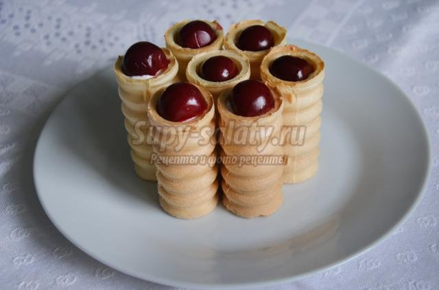 вафельные трубочки с творогом