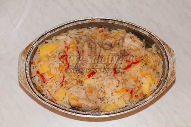 Овощное рагу с курицей в духовке