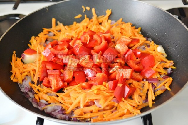 Кролик в томатно-сливочном соусе