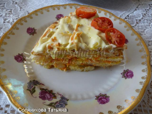 закусочный торт из кабачков с морковью и луком