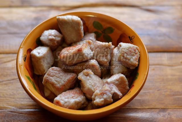 гуляш из свинины по-венгерски