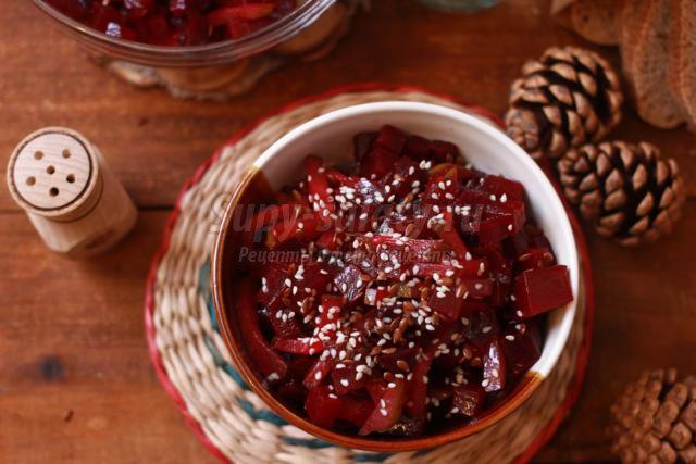 салат из свеклы с семенами льна