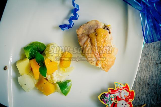 Курица тушеная с овощами