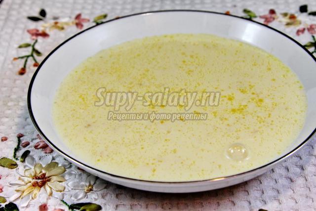 слизистый суп из геркулеса с молочно-яичным льезоном