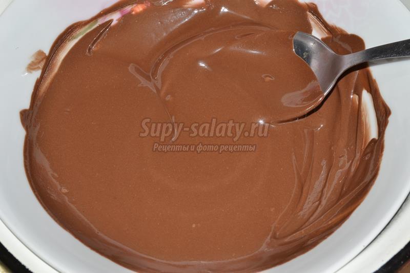 пирожное с шоколадом