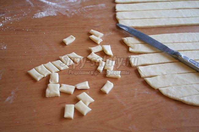 Печенье соленое «палочки»