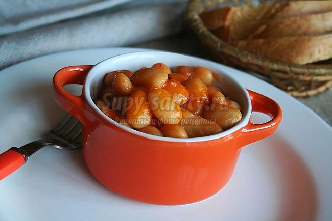 Картофель, тушенный с фасолью