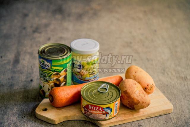 салат с тунцом и грибами к Новому году