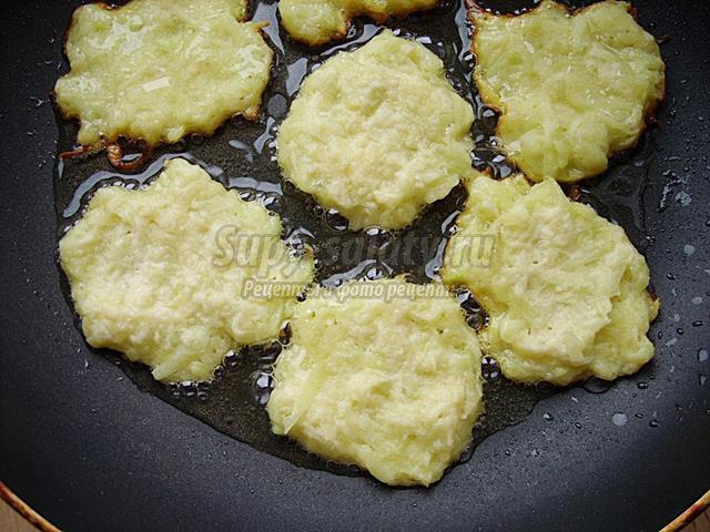 Драники из картофеля и кабачка
