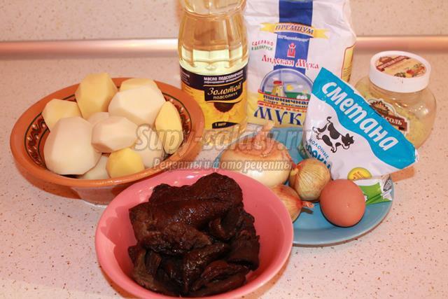 Картофельные блины с грибным соусом