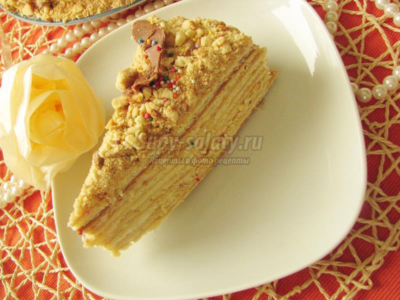 Вкусные крема к медовому торту