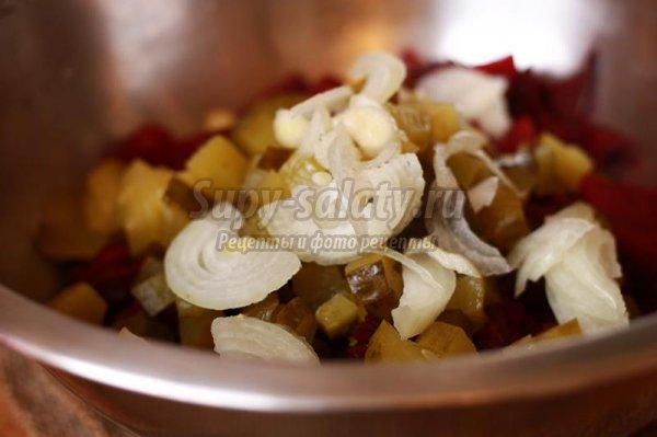 Салаты из свеклы с соленым огурцом