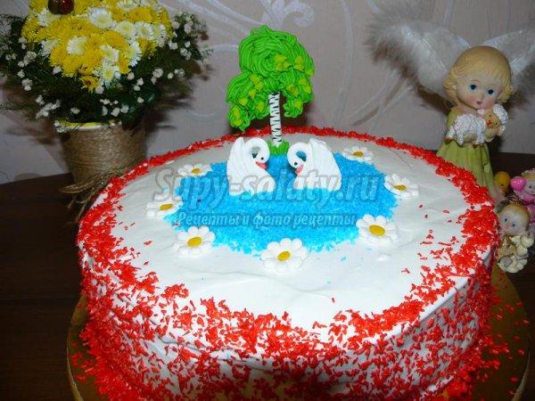 Праздничный торт «Лебеди