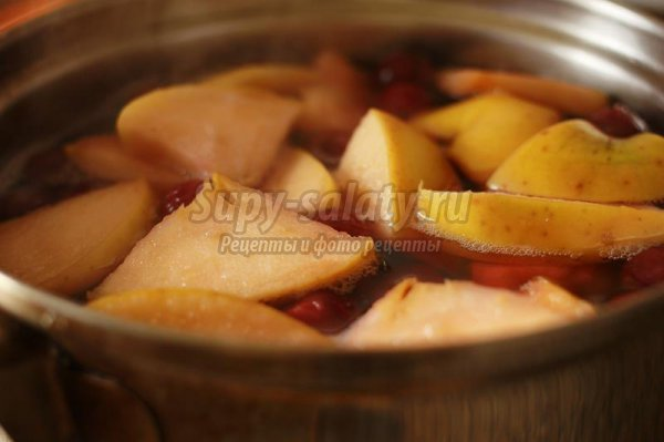 Вишнево-яблочное желе