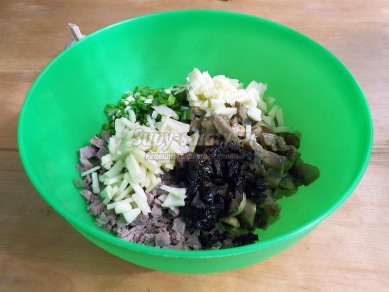 Салат грибы с мясом рецепт с
