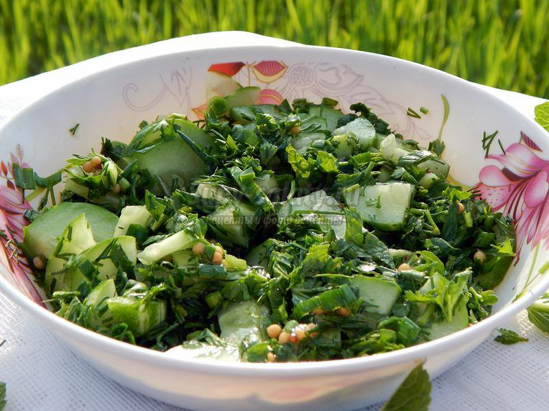 Салат из овощей на костре