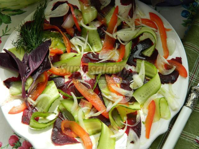 Салат из запеченной курицы новые фото