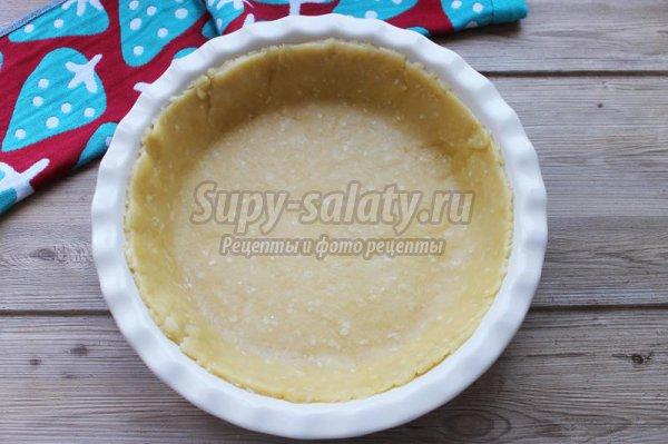 Открытый пирог с крапивой