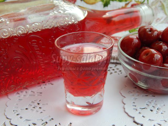 вишневая настойка на самогоне