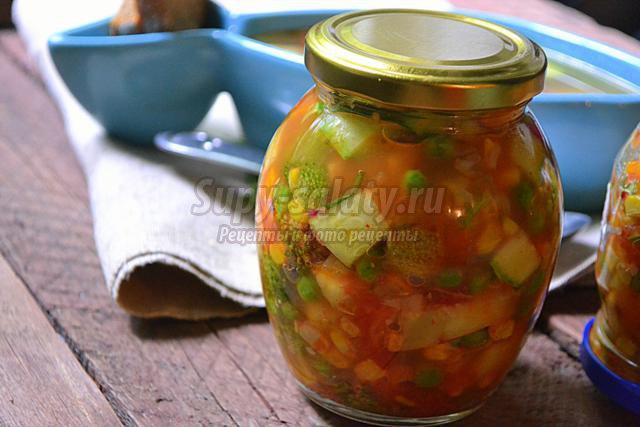 Простой рецепт с фото салата с вялеными помидорами