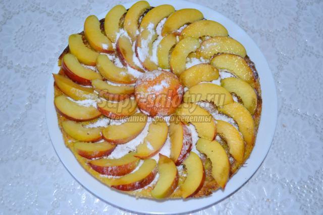 ведическая творожная запеканка с черносливом и персиками