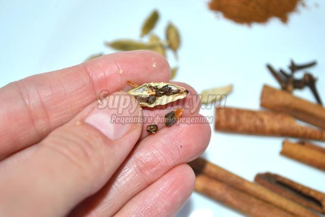 ароматный кашмирский чай из специй